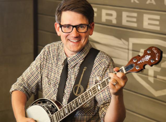 405 Magazine: Man with the Banjo – lucasross.tv